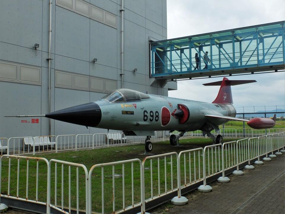 Smyth Newmanさんの航空自衛隊 Mitsubishi F-104 (76-8698) 航空フォト