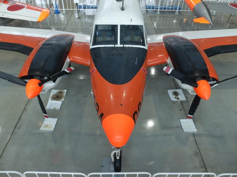 Smyth Newmanさんの航空自衛隊 Beechcraft Queen Air (03-3094) 航空フォト