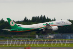 AIRFORCE ONEさんが、成田国際空港で撮影したエバー航空 787-9の航空フォト(飛行機 写真・画像)