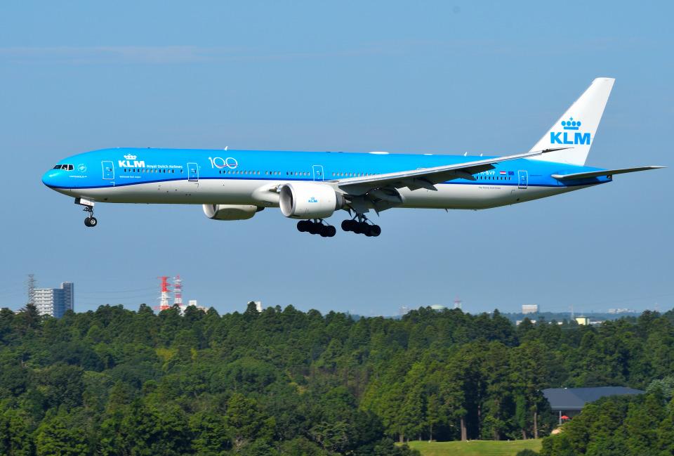 mojioさんのKLMオランダ航空 Boeing 777-300 (PH-BVP) 航空フォト