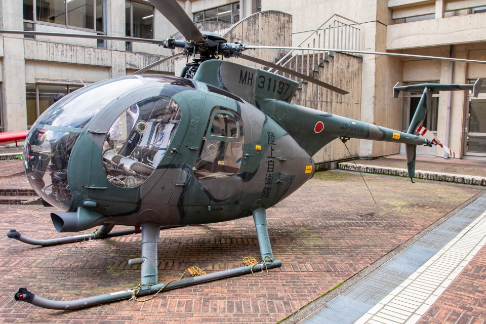 T spotterさんの陸上自衛隊 Kawasaki OH-6D (31197) 航空フォト