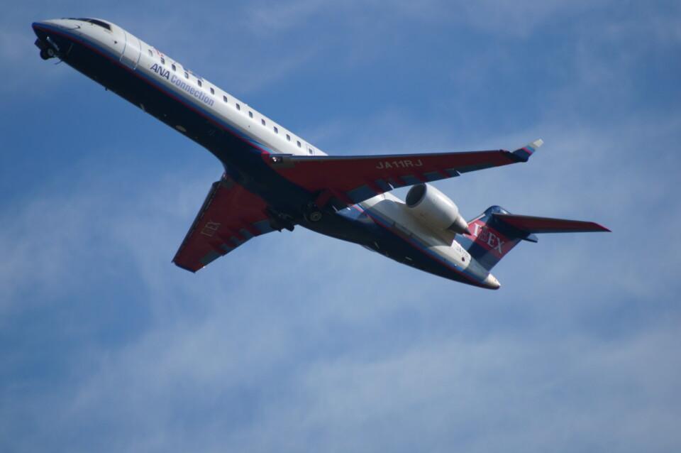 kij niigataさんのアイベックスエアラインズ Bombardier CRJ-700 (JA11RJ) 航空フォト