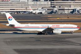 KoshiTomoさんが、羽田空港で撮影した中国東方航空 A330-343Xの航空フォト(飛行機 写真・画像)