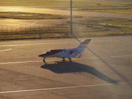 bannigsさんが、新潟空港で撮影したホンダ・エアクラフト・カンパニー HA-420の航空フォト(飛行機 写真・画像)
