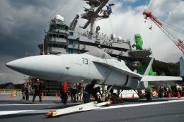 Hiro-hiroさんが、横須賀基地で撮影したアメリカ海軍 F/A-18A Hornetの航空フォト(飛行機 写真・画像)