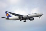 ちゃぽんさんが、成田国際空港で撮影したルフトハンザ・カーゴ 777-FBTの航空フォト(飛行機 写真・画像)