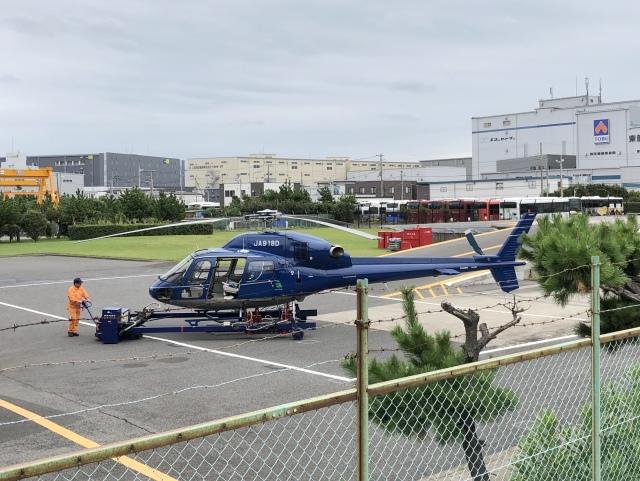 mahiちゃんさんが、浦安ヘリポートで撮影した三井住友ファイナンス&リース AS355N Ecureuil 2の航空フォト(飛行機 写真・画像)