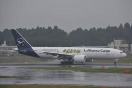 サンドバンクさんが、成田国際空港で撮影したルフトハンザ・カーゴ 777-Fの航空フォト(飛行機 写真・画像)