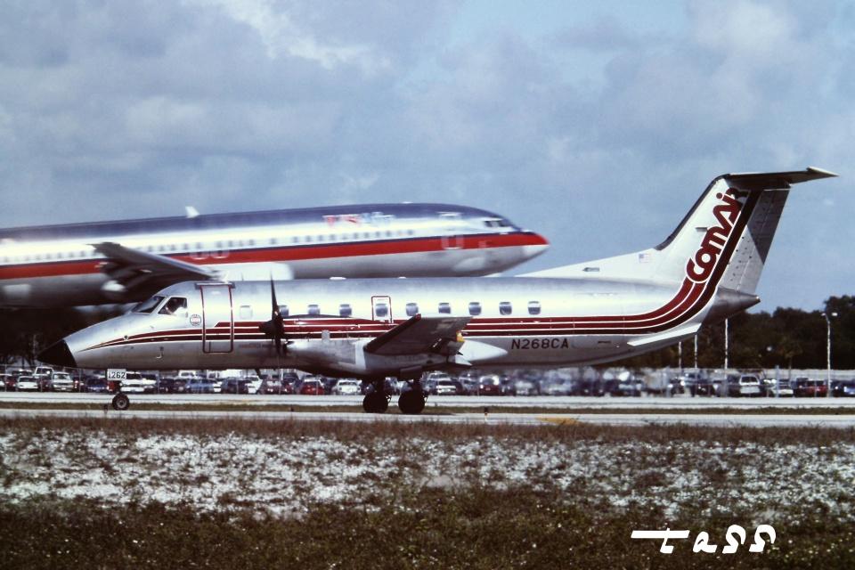 tassさんのコムエアー Embraer EMB-120 Brasilia (N268CA) 航空フォト