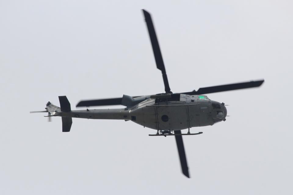キイロイトリさんのアメリカ海兵隊 Bell UH-1 Iroquois / Huey (168407) 航空フォト