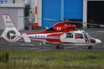 へりさんが、東京ヘリポートで撮影した横浜市消防航空隊 AS365N2 Dauphin 2の航空フォト(写真)