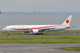 HADAさんが、羽田空港で撮影した航空自衛隊 777-3SB/ERの航空フォト(飛行機 写真・画像)