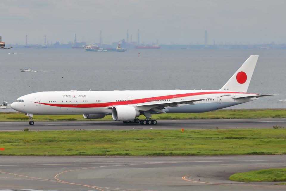 HADAさんの航空自衛隊 Boeing 777-300 (80-1111) 航空フォト