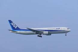 さんたまるたさんが、那覇空港で撮影した全日空 767-381/ERの航空フォト(飛行機 写真・画像)