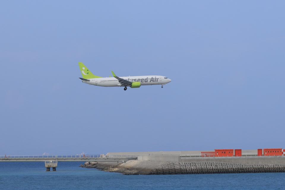 さんたまるたさんのソラシド エア Boeing 737-800 (JA813X) 航空フォト