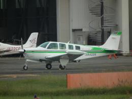 ヒコーキグモさんが、八尾空港で撮影した日本個人所有 A36 Bonanza 36の航空フォト(飛行機 写真・画像)