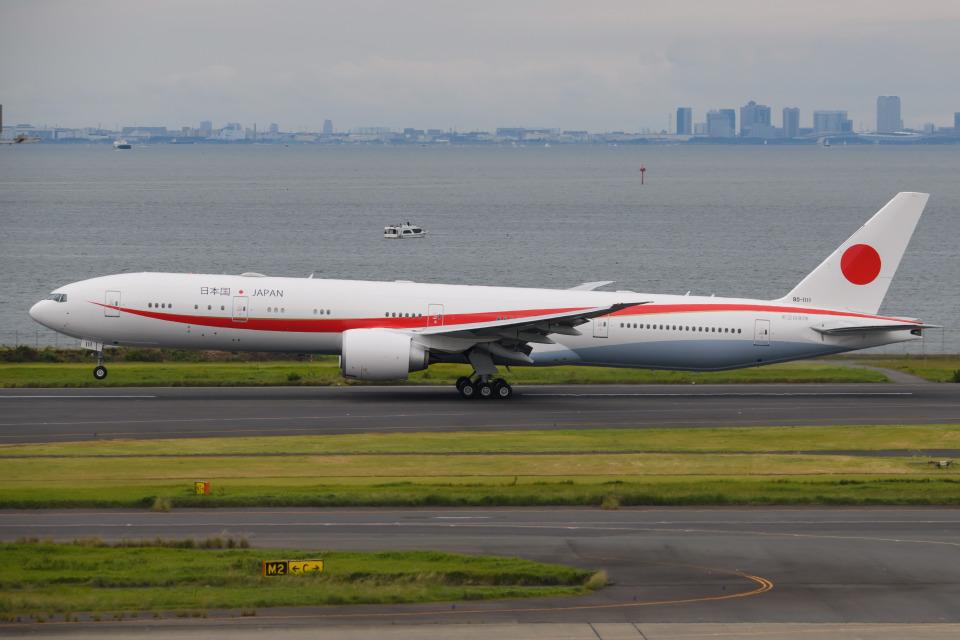 kuraykiさんの航空自衛隊 Boeing 777-300 (80-1111) 航空フォト