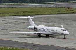 Gambardierさんが、岡山空港で撮影したアメリカ企業所有 BD-700 Global Express/5000/6000の航空フォト(飛行機 写真・画像)