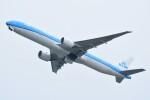 M.Tさんが、関西国際空港で撮影したKLMオランダ航空 777-306/ERの航空フォト(飛行機 写真・画像)