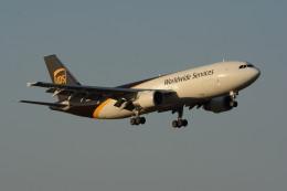 小弦さんが、サンアントニオ国際空港で撮影したUPS航空 A300F4-622Rの航空フォト(飛行機 写真・画像)