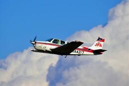 hidetsuguさんが、札幌飛行場で撮影したジェイピーエー A36 Bonanza 36の航空フォト(飛行機 写真・画像)