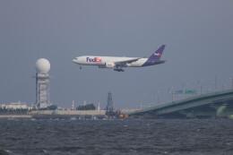 Koenig117さんが、関西国際空港で撮影したフェデックス・エクスプレス 777-FS2の航空フォト(飛行機 写真・画像)