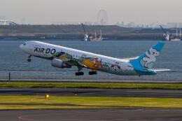 紫電さんが、羽田空港で撮影したAIR DO 767-381の航空フォト(飛行機 写真・画像)