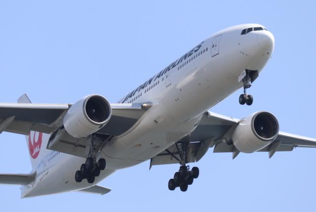 Galaxybirdさんが、羽田空港で撮影した日本航空 777-246の航空フォト(飛行機 写真・画像)