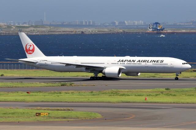 walker2000さんが、羽田空港で撮影した日本航空 777-346/ERの航空フォト(飛行機 写真・画像)