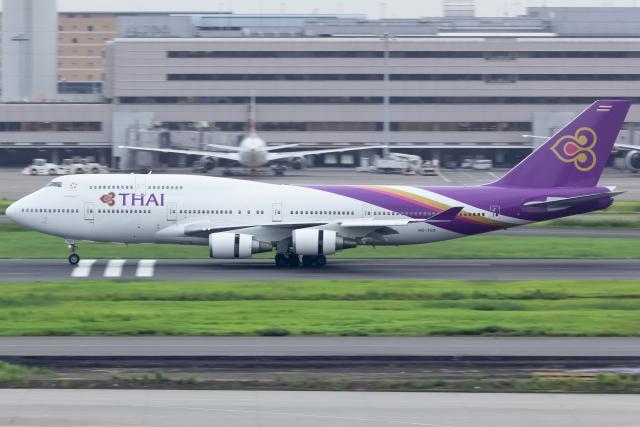KoshiTomoさんが、羽田空港で撮影したタイ国際航空 747-4D7の航空フォト(飛行機 写真・画像)