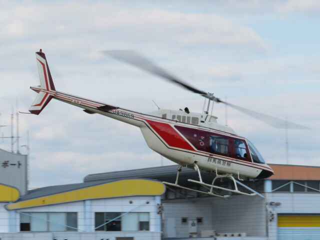 redarrowさんが、群馬ヘリポートで撮影したヘリサービス 206B-3 JetRanger IIIの航空フォト(飛行機 写真・画像)