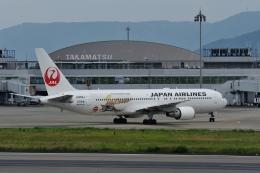 tomieさんが、高松空港で撮影した日本航空 767-346/ERの航空フォト(飛行機 写真・画像)
