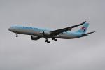 LEGACY-747さんが、成田国際空港で撮影した大韓航空 A330-323Xの航空フォト(飛行機 写真・画像)