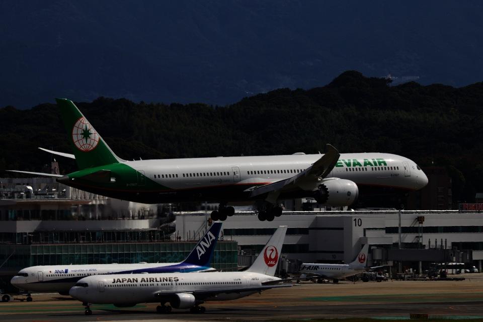 M.airphotoさんのエバー航空 Boeing 787-10 (B-17807) 航空フォト