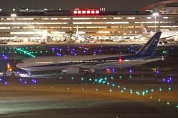 tg36aさんが、羽田空港で撮影した全日空 777-281/ERの航空フォト(飛行機 写真・画像)