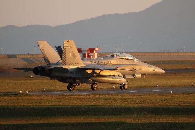 岩国空港 - Marine Corps Air Station Iwakuni [IWK/RJOI]で撮影された岩国空港 - Marine Corps Air Station Iwakuni [IWK/RJOI]の航空機写真(フォト・画像)