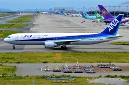 amagoさんが、関西国際空港で撮影した全日空 767-381/ERの航空フォト(飛行機 写真・画像)