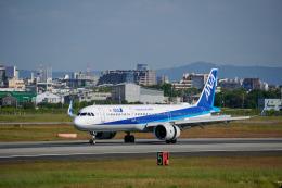 平凡なおっちゃんさんが、伊丹空港で撮影した全日空 A321-272Nの航空フォト(飛行機 写真・画像)