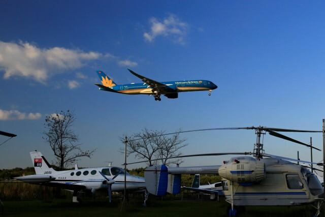☆ライダーさんが、成田国際空港で撮影したベトナム航空 A350-941の航空フォト(飛行機 写真・画像)