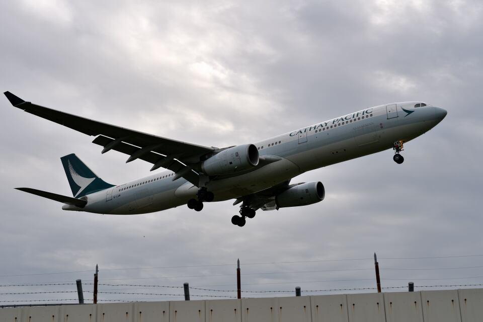 yotaさんのキャセイパシフィック航空 Airbus A330-300 (B-LAM) 航空フォト