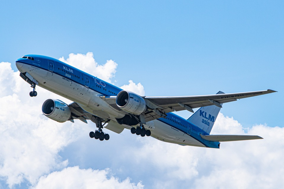 deideiさんのKLMオランダ航空 Boeing 777-200 (PH-BQH) 航空フォト