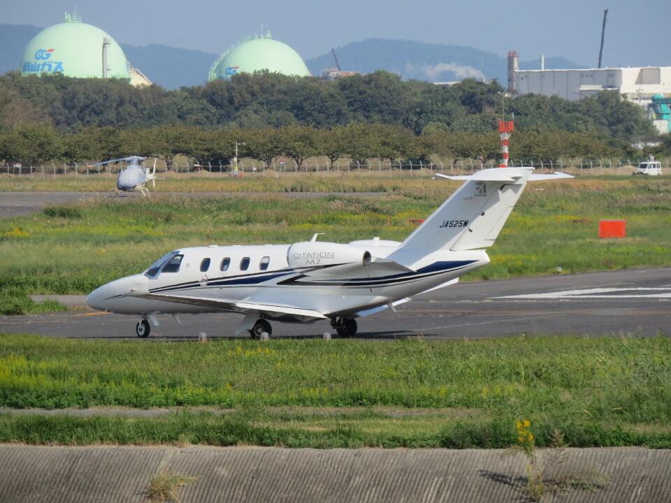 F.YUKIHIDEさんのグラフィック Cessna 525 CitationJet (JA525M) 航空フォト