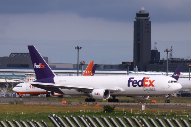 Mr.boneさんが、成田国際空港で撮影したフェデックス・エクスプレス 767-3S2F/ERの航空フォト(飛行機 写真・画像)