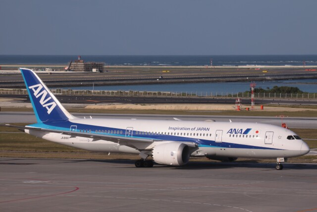 Mr.boneさんが、那覇空港で撮影した全日空 787-8 Dreamlinerの航空フォト(飛行機 写真・画像)