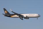 じゃりんこさんが、成田国際空港で撮影したUPS航空 767-34AF/ERの航空フォト(飛行機 写真・画像)
