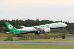 inyoさんが、成田国際空港で撮影したエバー航空 787-9の航空フォト(飛行機 写真・画像)