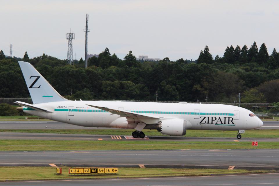 inyoさんのZIPAIR Boeing 787-8 Dreamliner (JA825J) 航空フォト