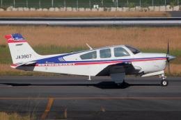 MOR1(新アカウント)さんが、鹿児島空港で撮影した日本法人所有 F33A Bonanzaの航空フォト(飛行機 写真・画像)