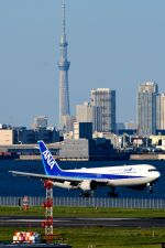 まいけるさんが、羽田空港で撮影した全日空 767-381/ERの航空フォト(飛行機 写真・画像)