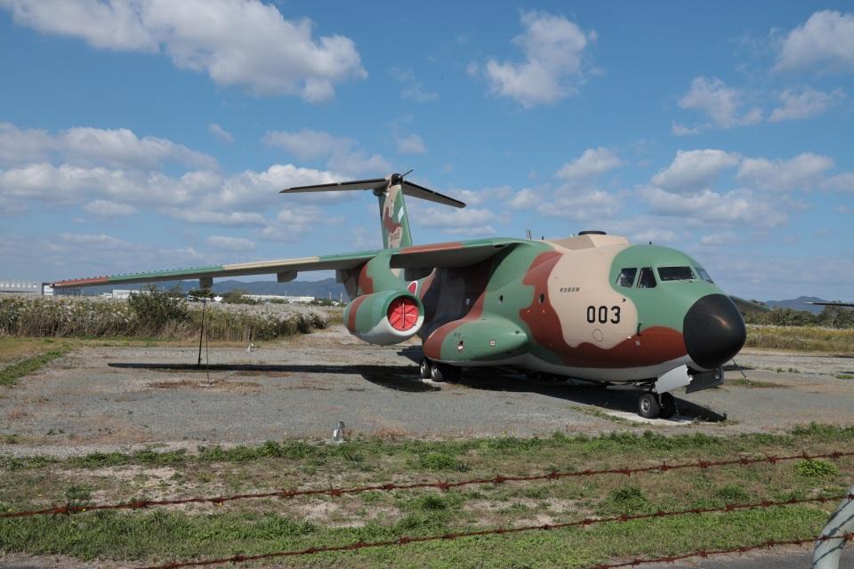 MIRAGE E.Rさんの航空自衛隊 Kawasaki C-1 (38-1003) 航空フォト